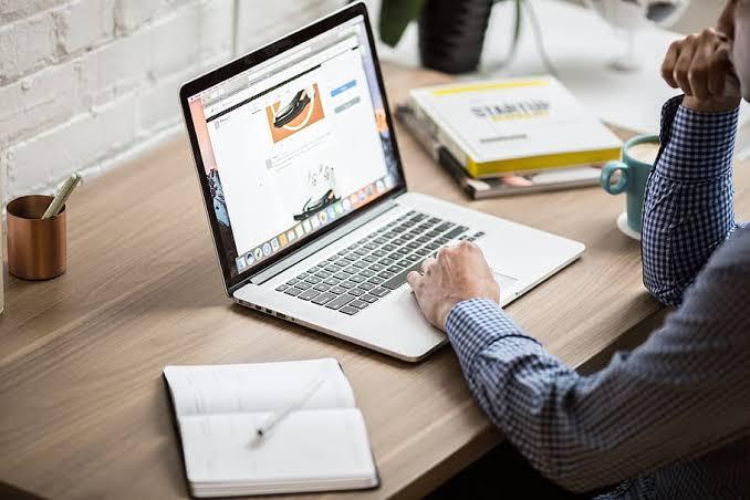 is-yerinde-bilgisayar-kullanirken-dikkat